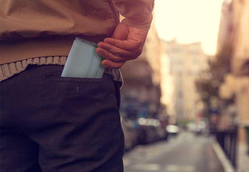 Manners maketh man. 三つ折り財布 イメージ画像
